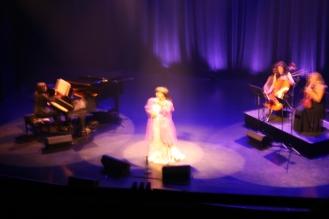Marie-Josée en espectáculo. Foto: Patricia Morales Betancourt
