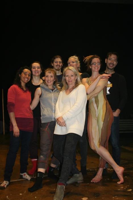 los intérpretes y la directora Francine Chateauvert